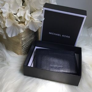 PRICE FIRM NWT Michael Kors Leather money clip
